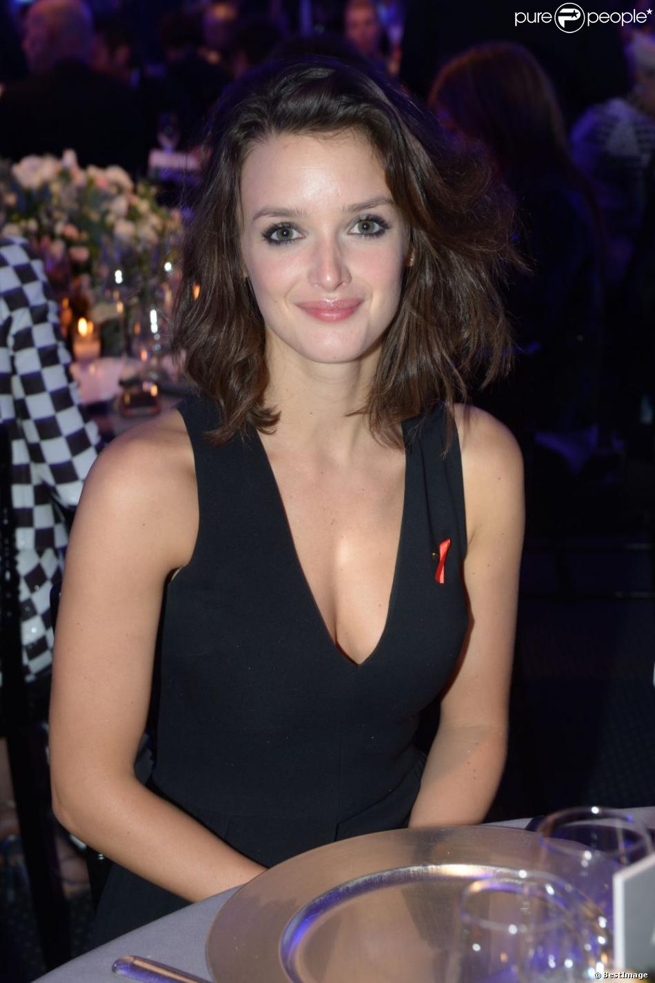 Charlotte Le Bon à Paris, le 24 janvier 2013.