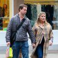 La fille du président George Bush, Jenna Bush et son mari Henry Hager vont faire du shopping à New York, le 7 avril 2013.