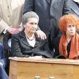 Simone Veillors des obsèques de son mari Antoine Veil au cimetière du Montparnasse à Paris le 15 avril 2013.