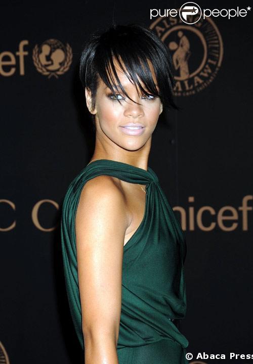 Rihanna au gala Gucci-UNICEF le 6 Fevrier 2008