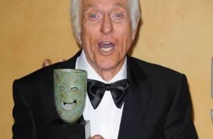 Dick Van Dyke : A 87 ans, l'acteur alité à cause d'un mal mystérieux