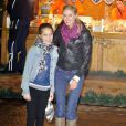 Donna Air et sa fille Freya, 9 ans, au Winter Wonderland dans Hyde Park le 22 novembre 2012.
