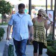 Britney Spears fait du shopping dans les rues de Los Angeles, le 19 avril 2013.