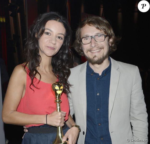 Marie-Julie Baup et son époux Lorant Deutsch à la première édition de la cérémonie du Palmarès du théâtre 2013 à la Plaine Saint-Denis, le 28 avril 2013.