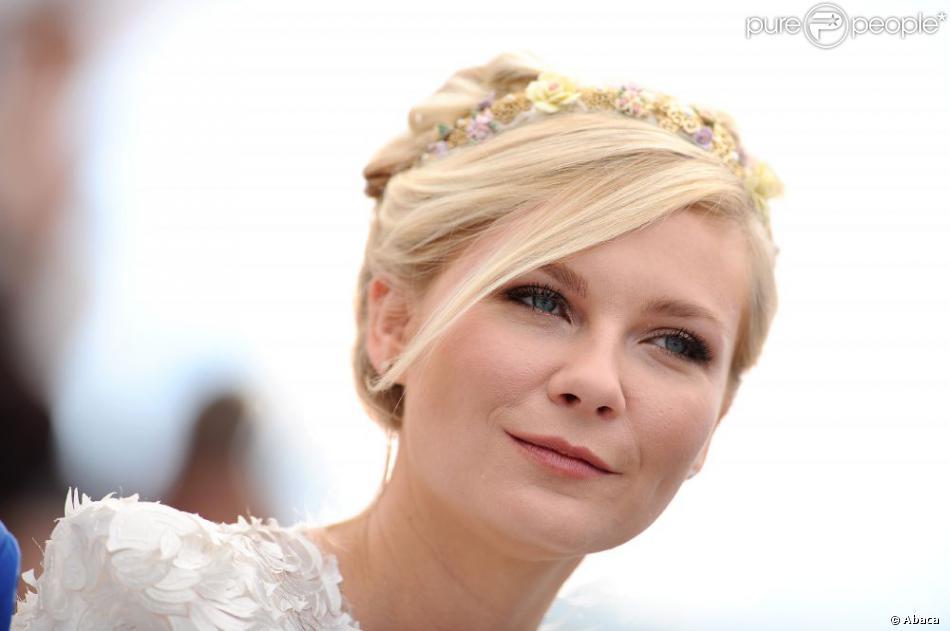 Kirsten Dunst lors du photocall du film Sur la route à Cannes lors du Festival le 23 mai 2012