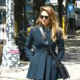 Jessica Alba, stylée dans les rues de la Big Apple. Le 5 mai 2013