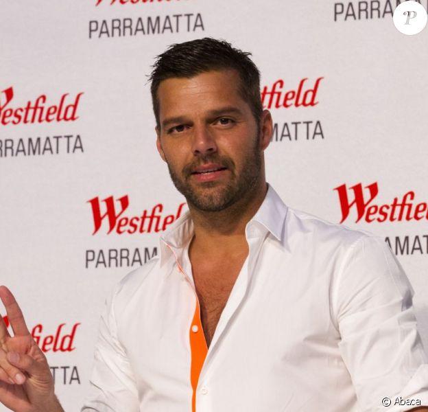 Le sexy Ricky Martin a fait la promotion de son best of intitulé Greatest Hits, au centre commercial Westfield, à Sydney, le 9 mai 203.