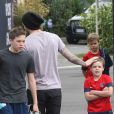 Exclusif - David Beckham au Camp des Loges avec ses trois fils Brooklyn, Cruz et Romeo après l'entraînement, le 4 mai 2013.