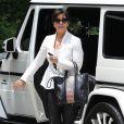 Kris Jenner profite d'une après-midi détente avec sa fille Kim Kardashian. Los Angeles, le 16 mai 2013.