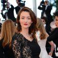 """Audrey Marnay (dans une robe Alexis Mabille) - Montée des marches du film """"Nebraska"""" du réalisateur Alexander Payne, présenté en compétition, lors du 66e Festival de Cannes, le 23 mai 2013."""