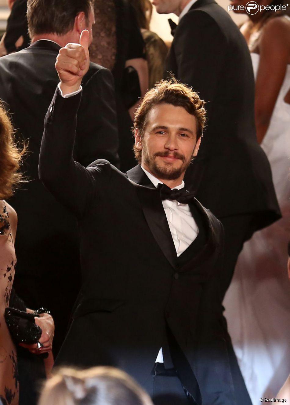 """James Franco lors de la montée des marches du film """"Wara No Tate"""" lors du 66e Festival du film de Cannes le 20 mai 2013"""