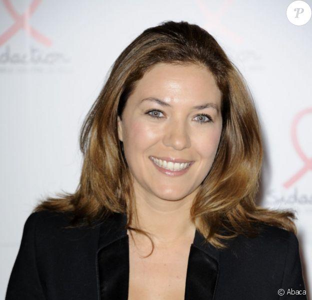 Claire Barsacq remplace Mélissa Theuriau à la rentrée dans Zone Interdite. Ici à Paris en 2011