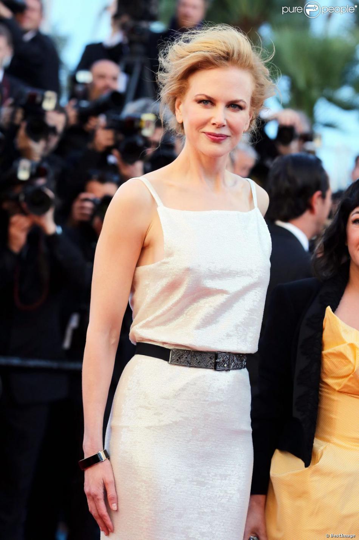 Nicole Kidman en Chnael lors de la montée des marches du film La Vénus à la fourrure au Festival de Cannes le 25 mai 2013