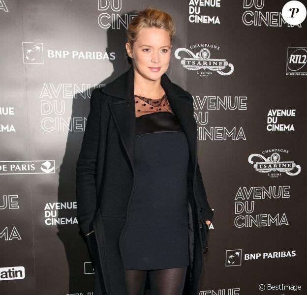Virginie Efira, enceinte, à la premiere de Möbius à l'UGC Normandie à Paris, le 12 février 2013.
