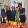 Guy Forget, Henri Leconte et son épouse Florentine, Yannick Noah et Isabelle lors de la soirée d'anniversaire d'Henri Leconte qui célébrait ses 50 ans au restaurant Très Honoré à Paris le 30 mai 2013