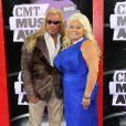 """Duane """"Dog"""" et Beth Chapman à la cérémonie des CMT Music Awards à Nashville, le 5 juin 2013."""