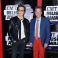 Kevin Bacon et Michael Bacon à la cérémonie des CMT Music Awards à Nashville, le 5 juin 2013.