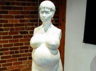 Kim Kardashian : Une statue à son effigie quand sa famille critique Kanye West