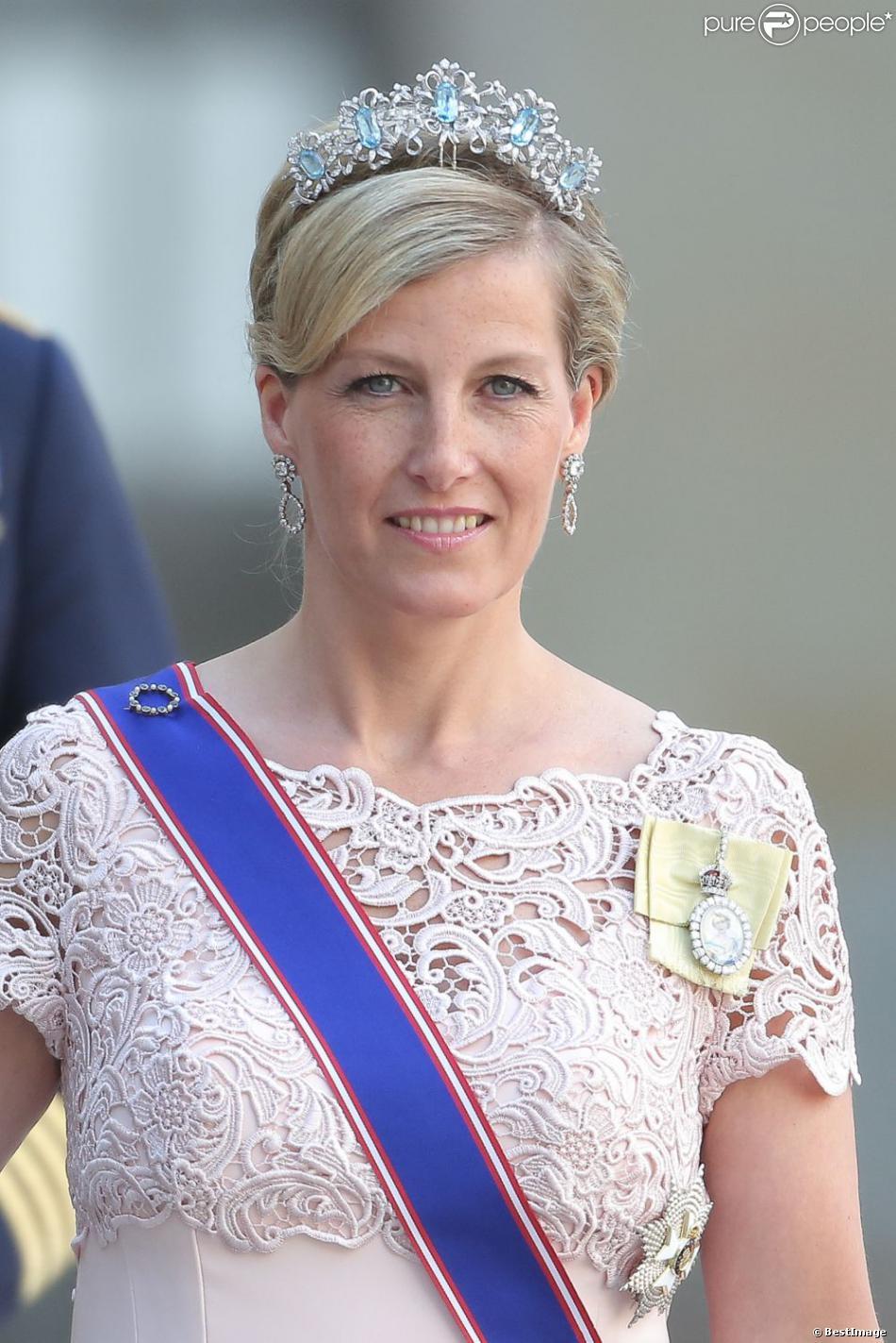 1150400-la-comtesse-sophie-de-wessex-mariage-950x0-1.jpg