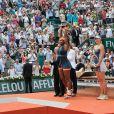 Maria Sharapova, Serena Williams pendant la finale dames à Roland-Garros le 8 juin 2013.