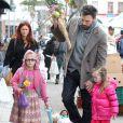 Ben Affleck et ses filles Seraphina et Violet. Le 27 janvier 2013 à Brentwood.