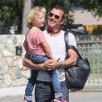 Gavin Rossdale est un vrai papa poule qui emmène ses fils au musée. Le 3 avril 2013.