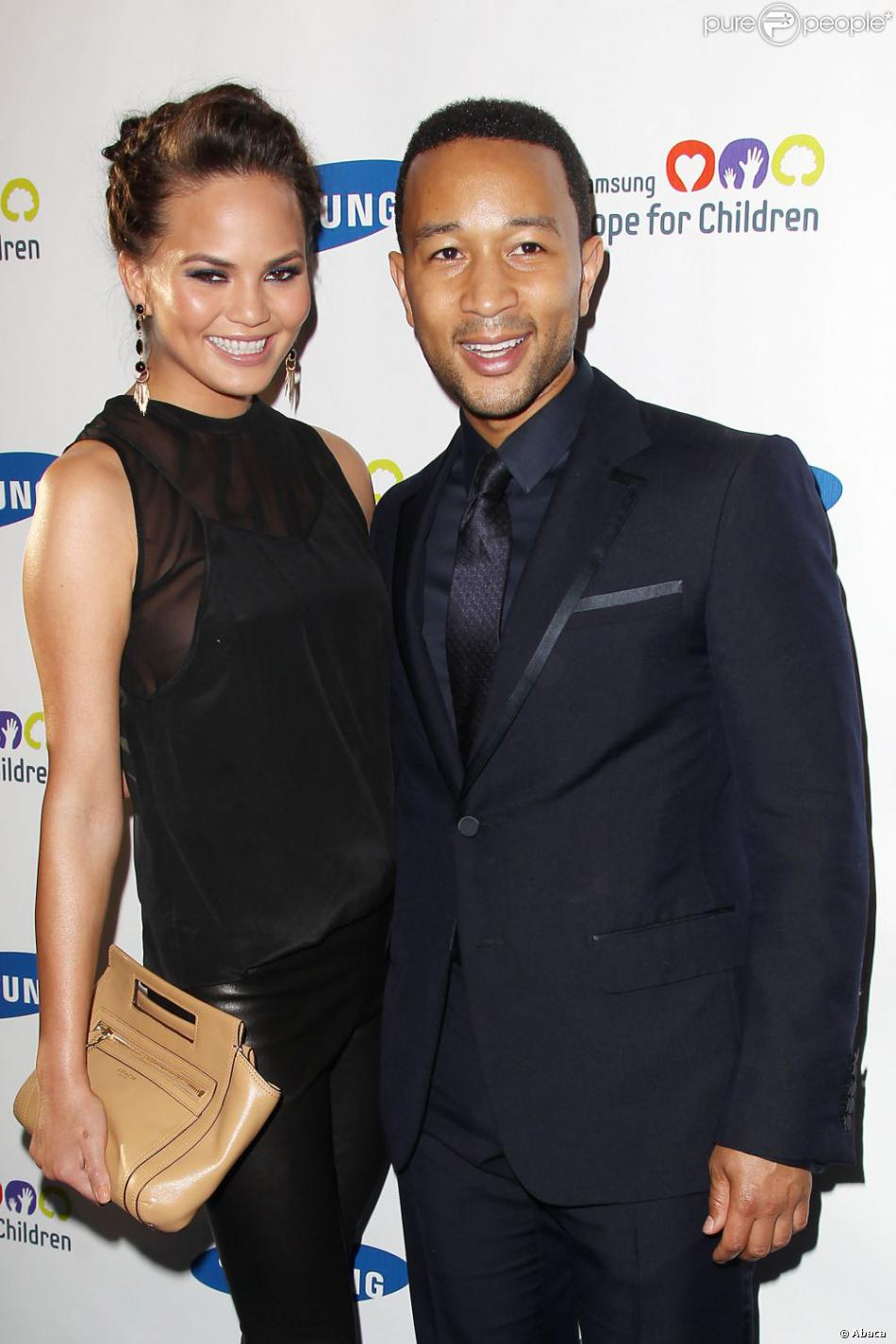 Chrissy Teigen et John Legend lors du Gala Samsung Hope for Children à New York le 11 juin 2013