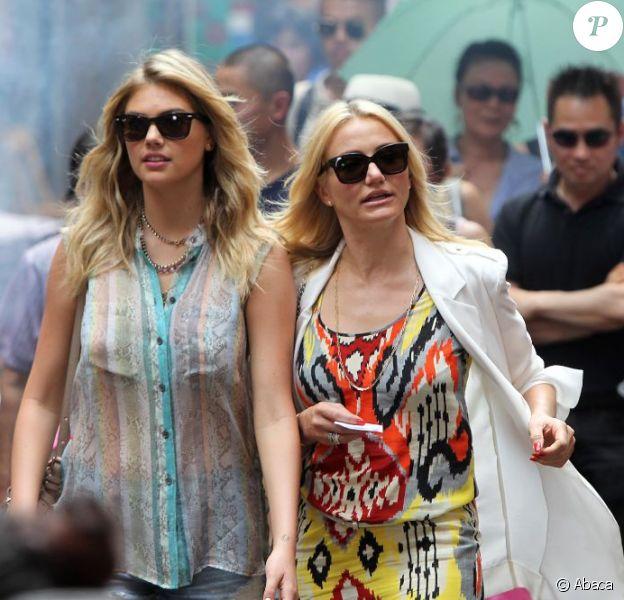 Cameron Diaz et Kate Upton, lookée et chic en balade sur le tournage de The Other Woman à Chinatown, New York, le 24 juin 2013.