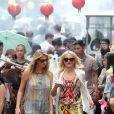 Cameron Diaz et Kate Upton en action sur le tournage de The Other Woman à Chinatown, New York, le 24 juin 2013.