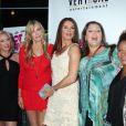 Virginia Madsen, Daryl Hannah, Brooke Shields, Camryn Manheim, Wanda Sykes à la première du film The Hot Flashes à Los Angeles, le 27 juin 2013.