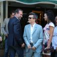 Nicolas Bedos, Jean Dujardin et Thomas Langmann à la mairie de Sartène, Corse du sud, le 21 juin 2013.