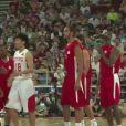 Joakim Noah disputait un match exhibition avec des joueurs NBA en Chine face à une sélection d'Asie dirigée par Yao Ming, le 1er juillet 2013 à Pékin