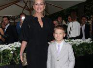 Sharon Stone : Look élégant et sage au côté de son fils Roan et Karl Lagerfeld