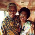 Nelson Mandela et sa femme Graça Machel le 1er juillet 1998.