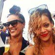 Rihanna s'éclate avec ses amies sur un yacht à Monaco - Instagram