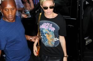 Miley Cyrus : Sexy et bling-bling, la star de 20 ans enchaîne les looks provoc'