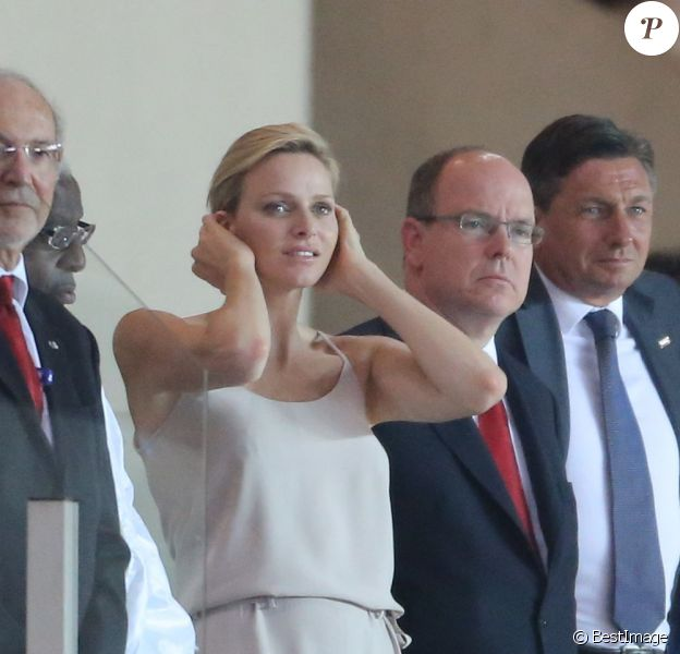 La princesse Charlene et Albert de Monaco assistaient au meeting Herculis, dixième étape de la Golden League, au Stade Louis II de Monaco, le 19 juillet 2013