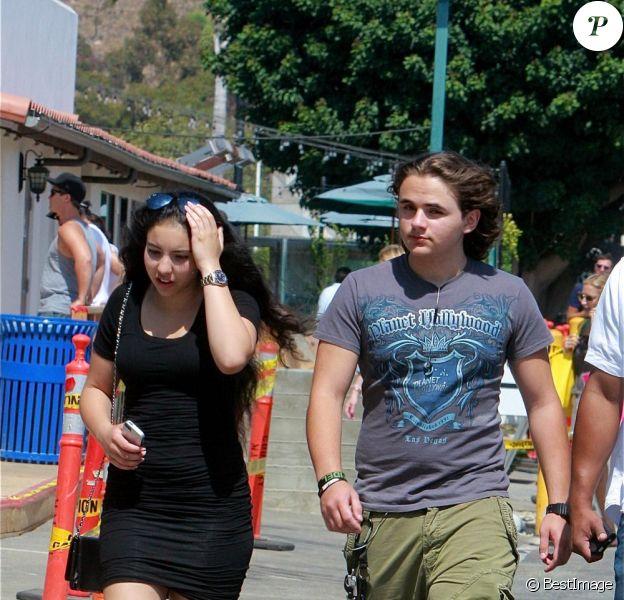 Exclusif - Prince Jackson et sa petite amie Remi Alfalah se promènent à Malibu, le 12 juillet 2013.