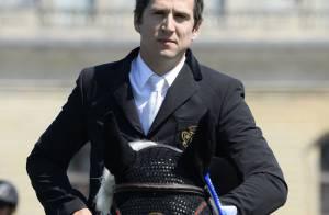 Guillaume Canet : Cavalier émérite devant Athina Onassis et Jessica Springsteen