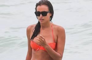 Irina Shayk : Canon en bikini pendant que Cristiano Ronaldo marque des buts