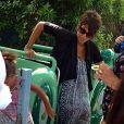 Halle Berry, enceinte, emmène sa fille Nahla à Disneyland à Anaheim, le 22 juillet 2013. L'actrice, malgré son ventre très arrondi, a fait quelques attractions.