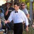 Le beau John Stamos sur le tournage d'une publicité pour un yaourt Dannon Oikos Greek, à Los Angeles, le 22 juillet 2013.