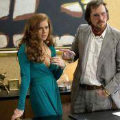 Amy Adams : Décolletée devant Christian Bale et Bradley Cooper métamorphosés
