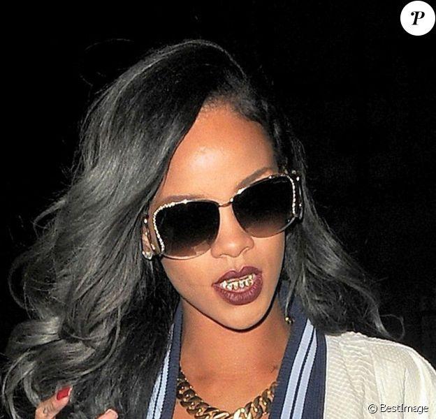 La chanteuse Rihanna en soirée à Londres en juillet 2013