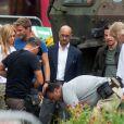 Mark Wahlberg, Nicola Peltz, Stanley Tucci sur le tournage de Transformers 4 à Detroit, le 31 juillet 2014.