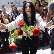 Lady Gaga : Roses rouges contre burqa, ambiance avant le clip Applause