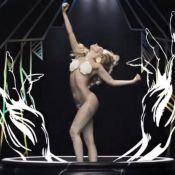 Lady Gaga : ''Applause'' en clip, entre nudité et métamorphoses déjantées...