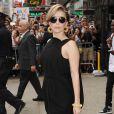Lady Gaga, habillée de lunettes Tom Ford, d'un look Balenciaga (collection croisière 2014) et de chaussures Ruthie Davis. New York, le 19 août 2013.