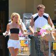David Hasselhoff (60 ans) et sa compagne Hayley Roberts (33 ans) à Los Angeles, le 16 août 2013.