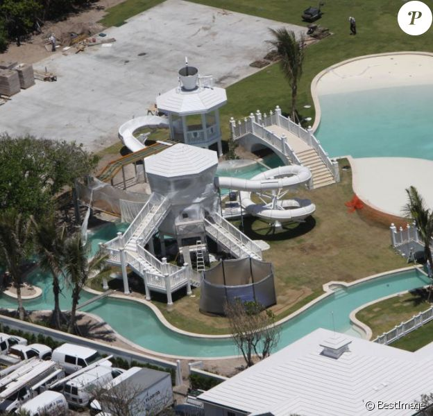 Céline Dion vend son extraordinaire domaine aquatique pour 10,10